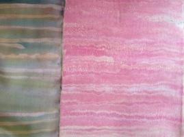 Scarf showing its steamer paper