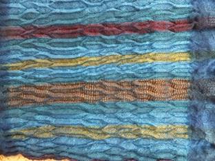 Indigo-dyed loom shibori